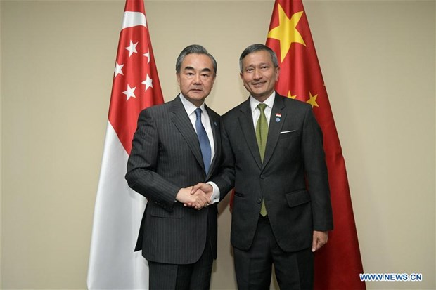 China, Singapore agree to uphold multilateralism, free trade hinh anh 1