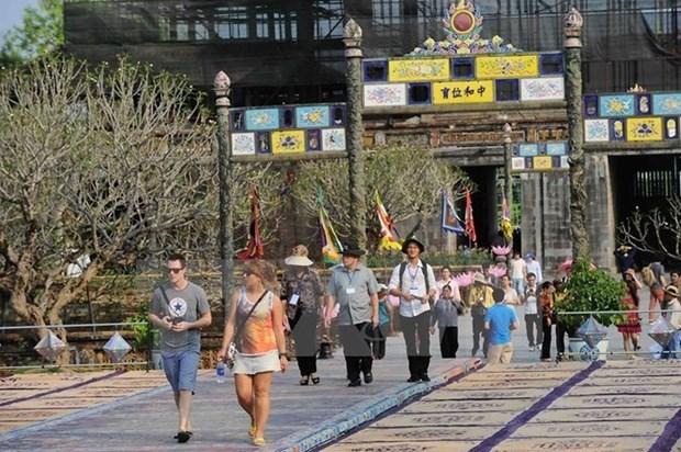 Thua Thien-Hue: Tourism revenue surges 32 percent hinh anh 1