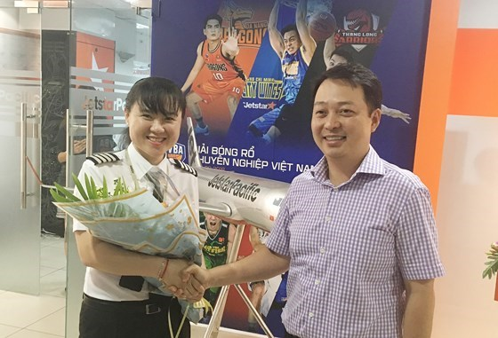 Jetstar Pacific has first female Vietnamese captain hinh anh 1
