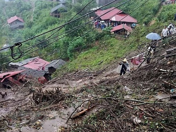 Landslides leave 6 dead, 4 missing in Lai Chau province hinh anh 1