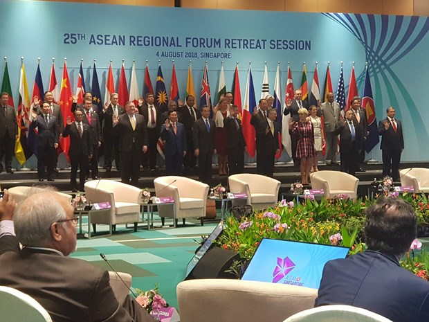 ARF urged to continue trust building measures, preventive diplomacy hinh anh 1