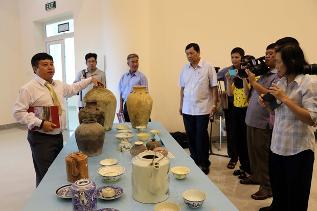 Ba Ria-Vung Tau: Over 360 antiques donated to museum hinh anh 1