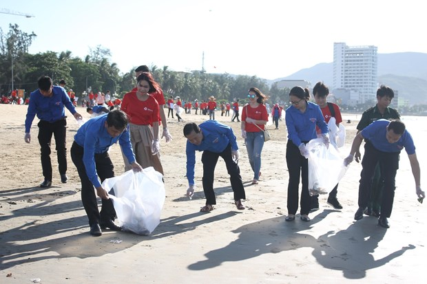 Campaign encourages public involvement in sea clean-up hinh anh 1