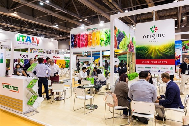 Hanoi firms to attend Asia Fruit Logistica 2018 hinh anh 1