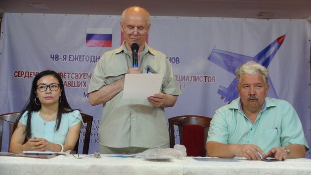 Former Russian military experts in Vietnam get together hinh anh 1