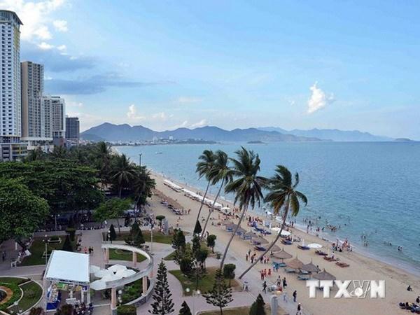 Seminar discusses Khanh Hoa tourism development hinh anh 1