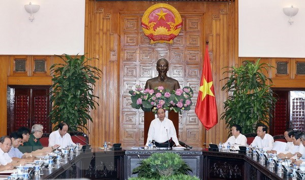 PM lauds efforts to tackle post-war bomb, mine consequences hinh anh 1