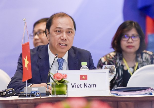 Vietnam actively realizes ASEAN commitments hinh anh 1