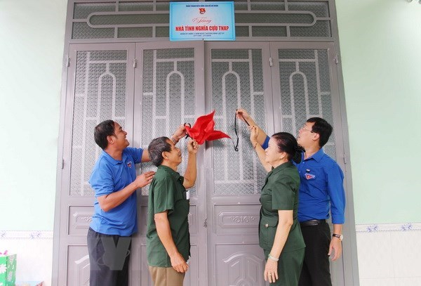 Ha Nam: 3,800 houses of revolutionary contributors upgraded hinh anh 1