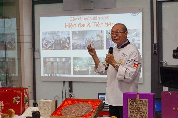 Bakery feels over the moon after US export deal hinh anh 1