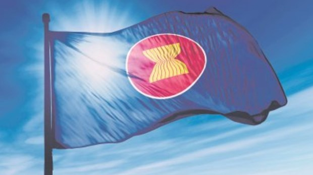 People-centred ASEAN instrumental in community building efforts hinh anh 1