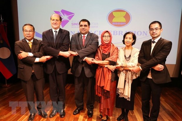 ASEAN countries celebrate bloc's 51st anniversary in Argentina hinh anh 1