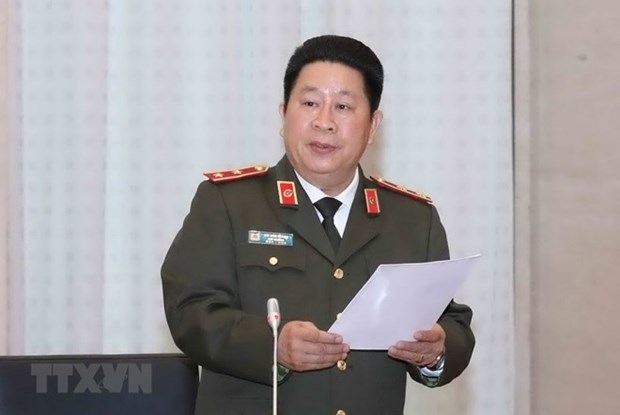 Police generals demoted for wrongdoings at work hinh anh 1