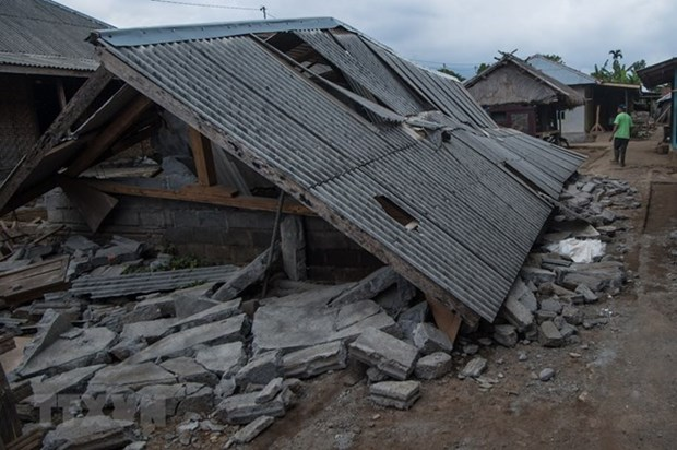 Indonesia quake lifts Lombok island by 25cm hinh anh 1
