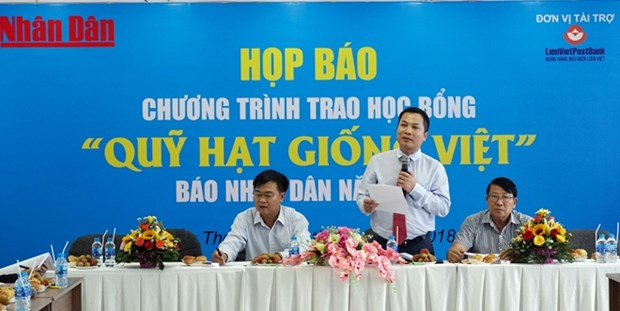 Scholarships to be presented to poor Mekong Delta students hinh anh 1