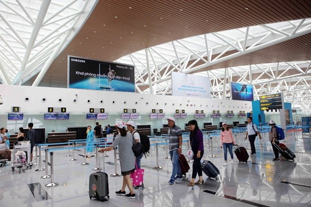 Da Nang airport maintains lead in service quality hinh anh 1