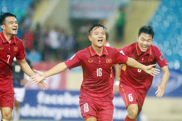 Vietnam up nearly 900 points in FIFA rankings hinh anh 1