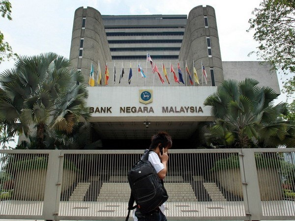Malaysia lowers 2018 growth forecast to 5 percent hinh anh 1