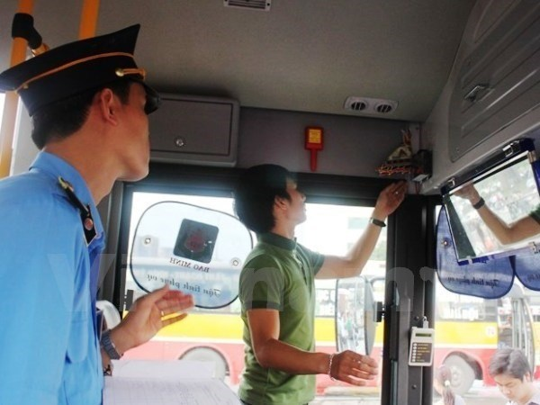 New transport regulation might cost trillions of VND hinh anh 1