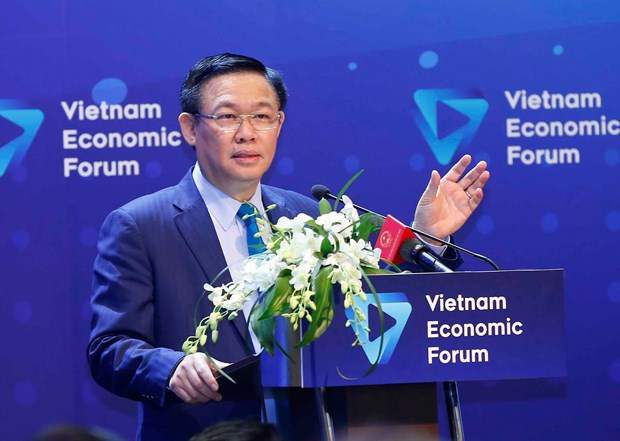 Forum discusses solutions to expand capital-financial market hinh anh 1