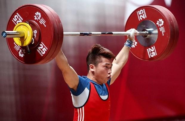 Weightlifter Trinh Van Vinh wins silver at ASIAD hinh anh 1
