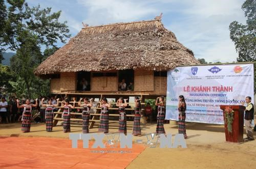Thua Thien-Hue revives Co Tu ethnic group's traditional architecture hinh anh 1