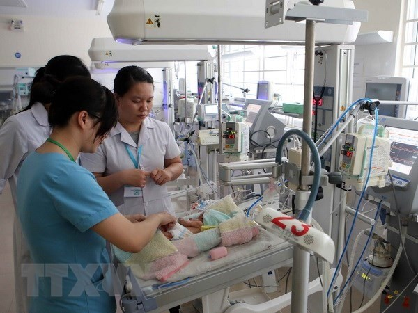 Hospitals take steps to reduce maternal, child mortality rates hinh anh 1