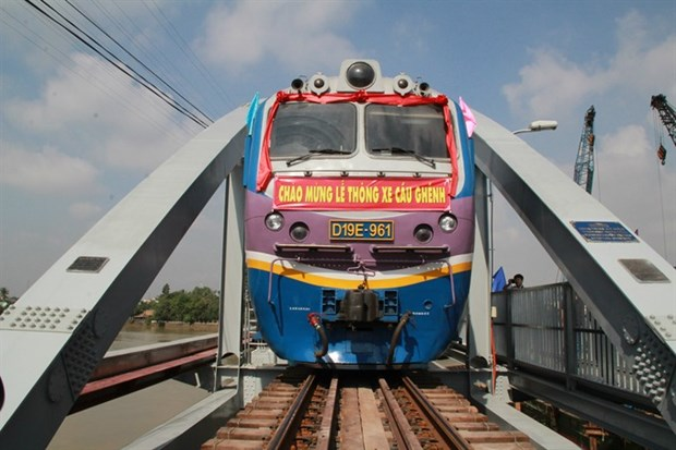 North-south high-speed railway to be built elevated, under tunnel hinh anh 1