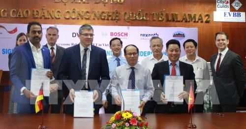 Germany supports human resource training to serve Industry 4.0 hinh anh 1