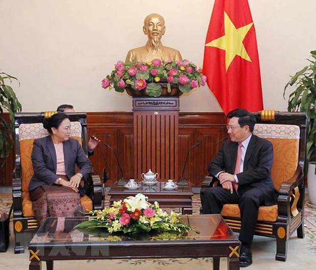 Deputy PM Pham Binh Minh hosts Lao Deputy FM hinh anh 1