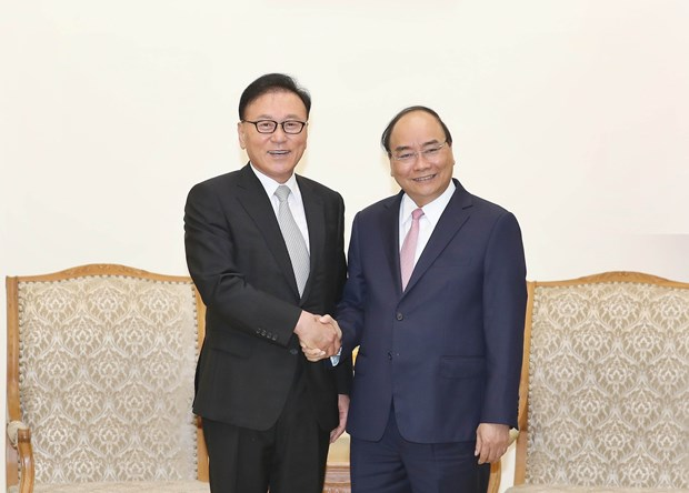 Honorary diplomat asked to help bolster Korean investment in VN hinh anh 1