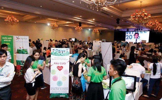 Start-up Day showcases business models hinh anh 1