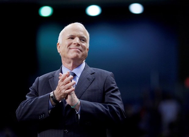 Senator McCain - who helps lay foundation for Vietnam-US relations - passes away hinh anh 1