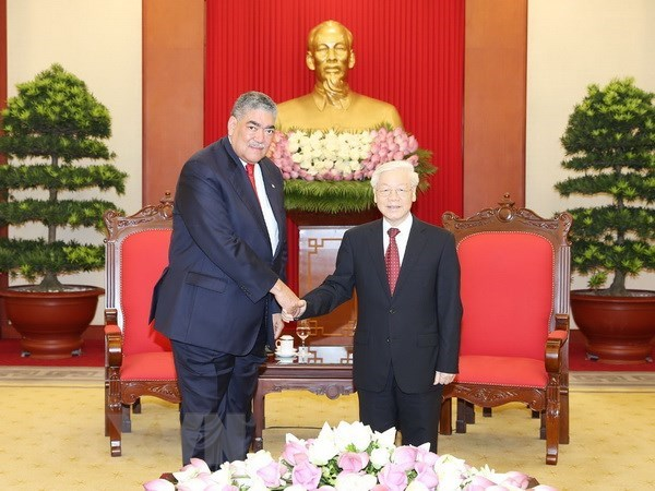 Party chief greets Dominica's MIU General Secretary hinh anh 1