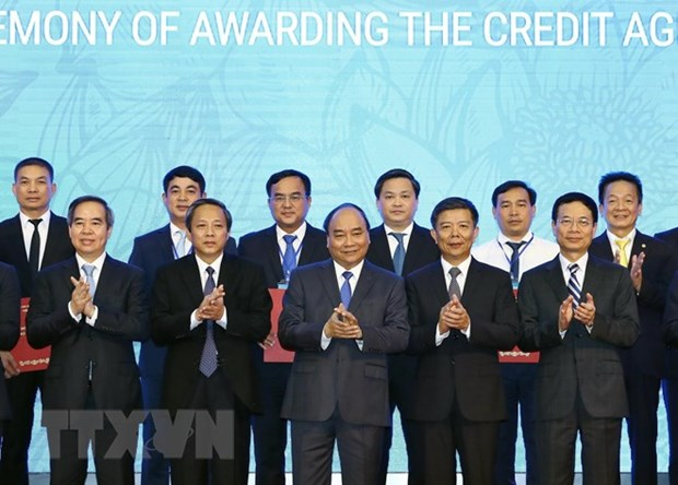 Over 7.34 billion USD committed at Quang Binh investment promotion event hinh anh 1
