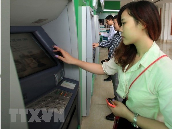 Banks required to limit ATM withdrawal at night hinh anh 1
