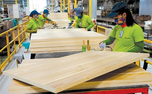 Forestry exports estimated to exceed 5.8 billion USD in 8 months hinh anh 1