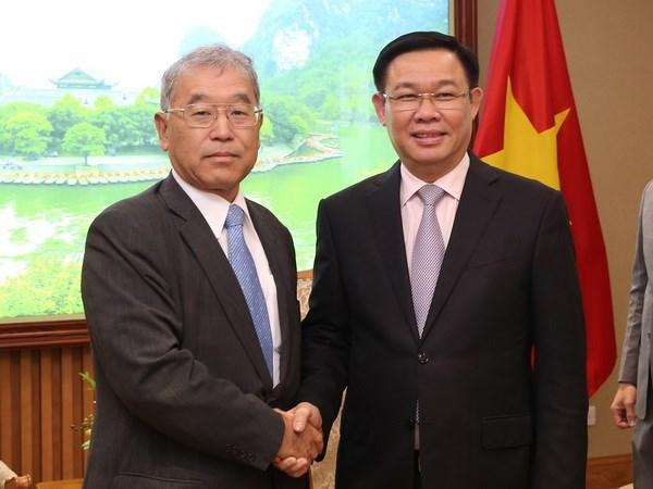 Deputy PM receives Mitsubishi Corp.'s executive vice president hinh anh 1