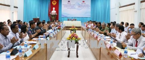An Giang, Cambodia's Takeo province forge cooperation hinh anh 1