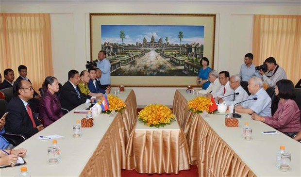 Friendship associations of Vietnam, Cambodia boost ties hinh anh 1