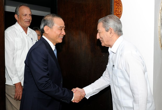 Da Nang wants to step up ties with Cuba hinh anh 1