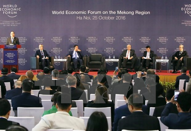 WEF brings investment opportunities for Vietnam hinh anh 1