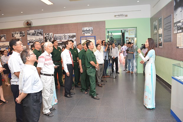 Exhibition on Paris Peace Accords opens in HCM City hinh anh 1