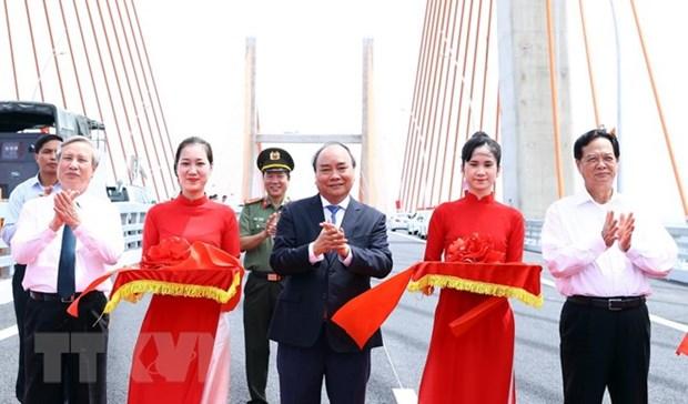 Ha Long-Hai Phong expressway open to traffic hinh anh 1
