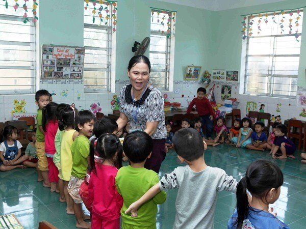 Teacher shortage clouds new school year hinh anh 1