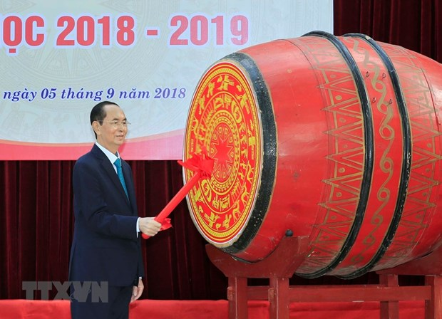 Leaders attend new school year ceremonies in localities hinh anh 1