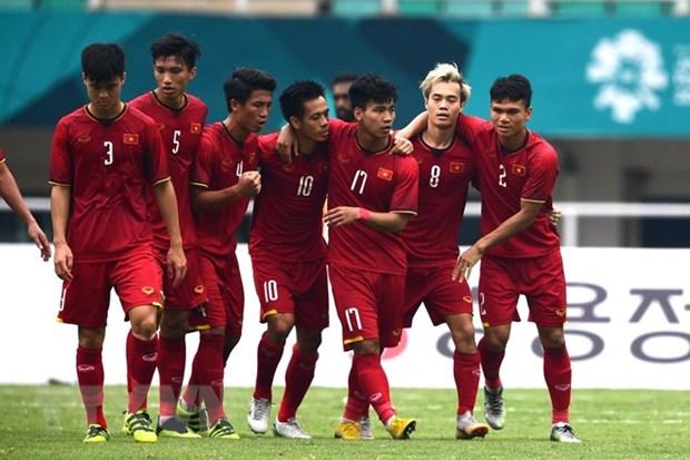 ASIAD 2018: Three Vietnamese footballers listed in FOX Sports dream team hinh anh 1