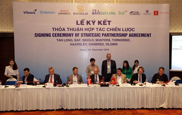 Vietnamese, Danish firms partner in boosting high-tech agriculture hinh anh 1