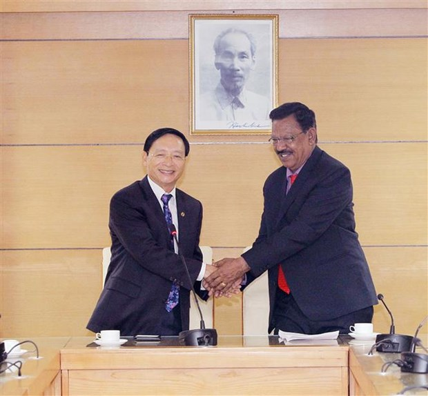 Vietnam, India work to promote friendship exchanges hinh anh 1