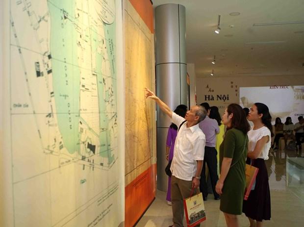 Exhibition on nostalgia for Hanoi held hinh anh 1